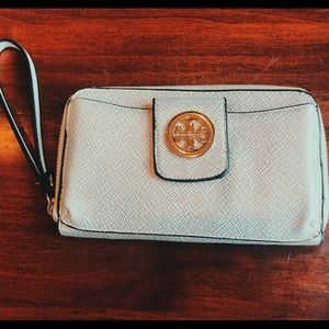 Tory Burch wristlet / zip wallet